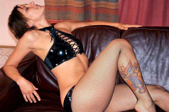 tattoo lady in lack